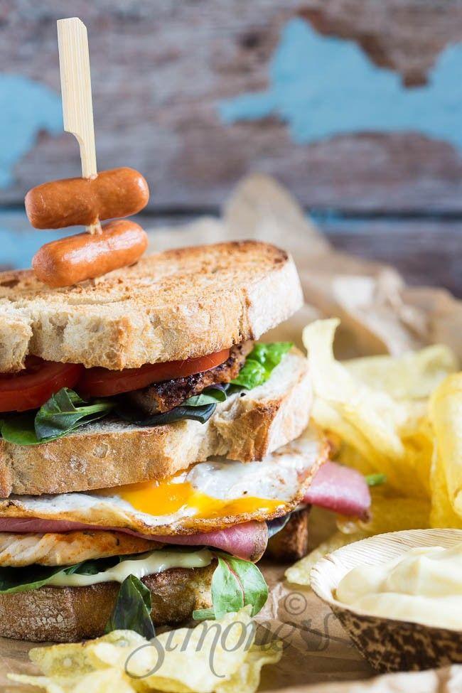 Dudefood dinsdag: Bazen van de clubsandwich