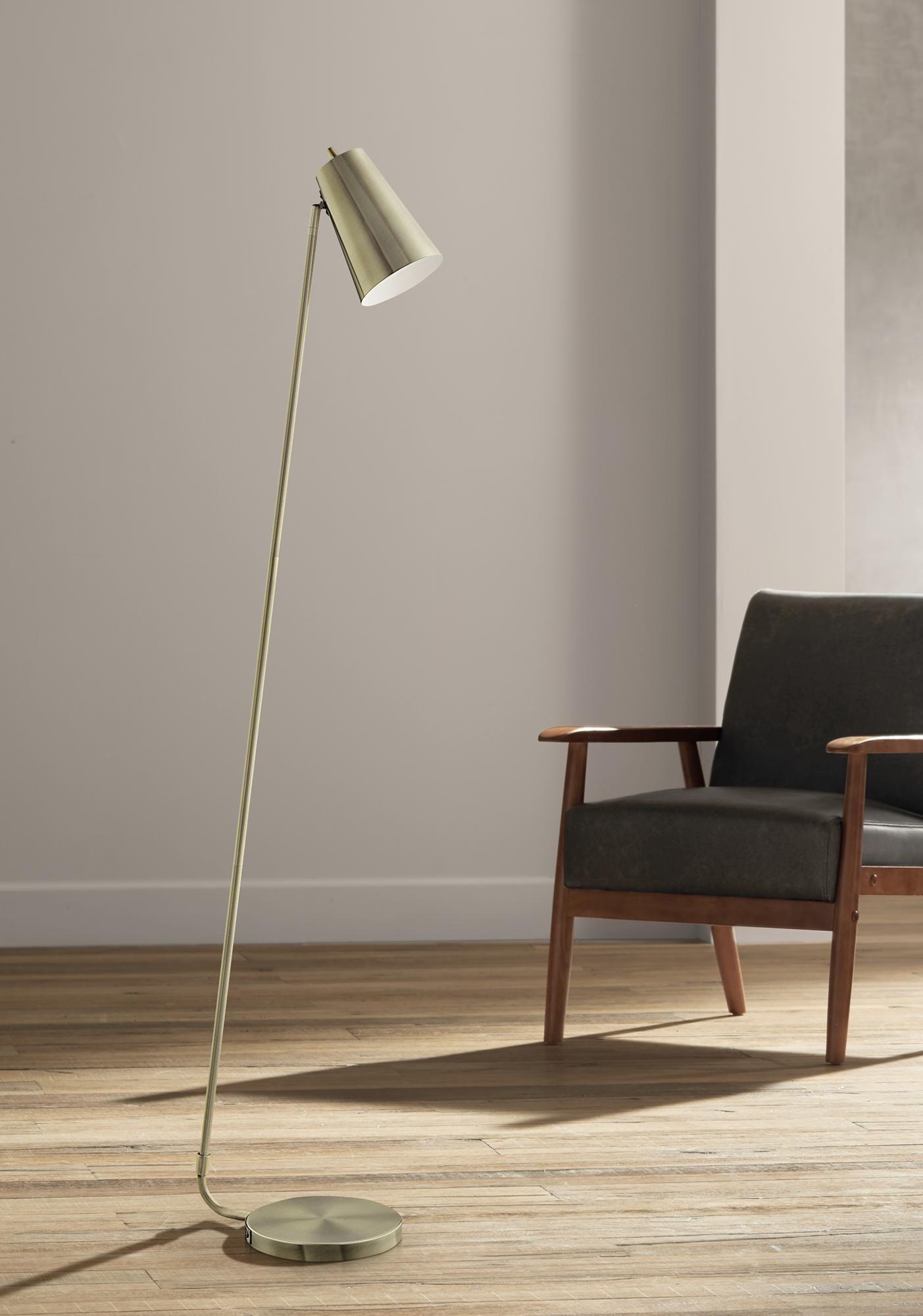 Floor Lamps Lite Source Mccoy 62 1 2 High Antique Brass Floor Lamp In 2020 Antique Brass Floor Lamp Brass Floor Lamp Floor Lamp