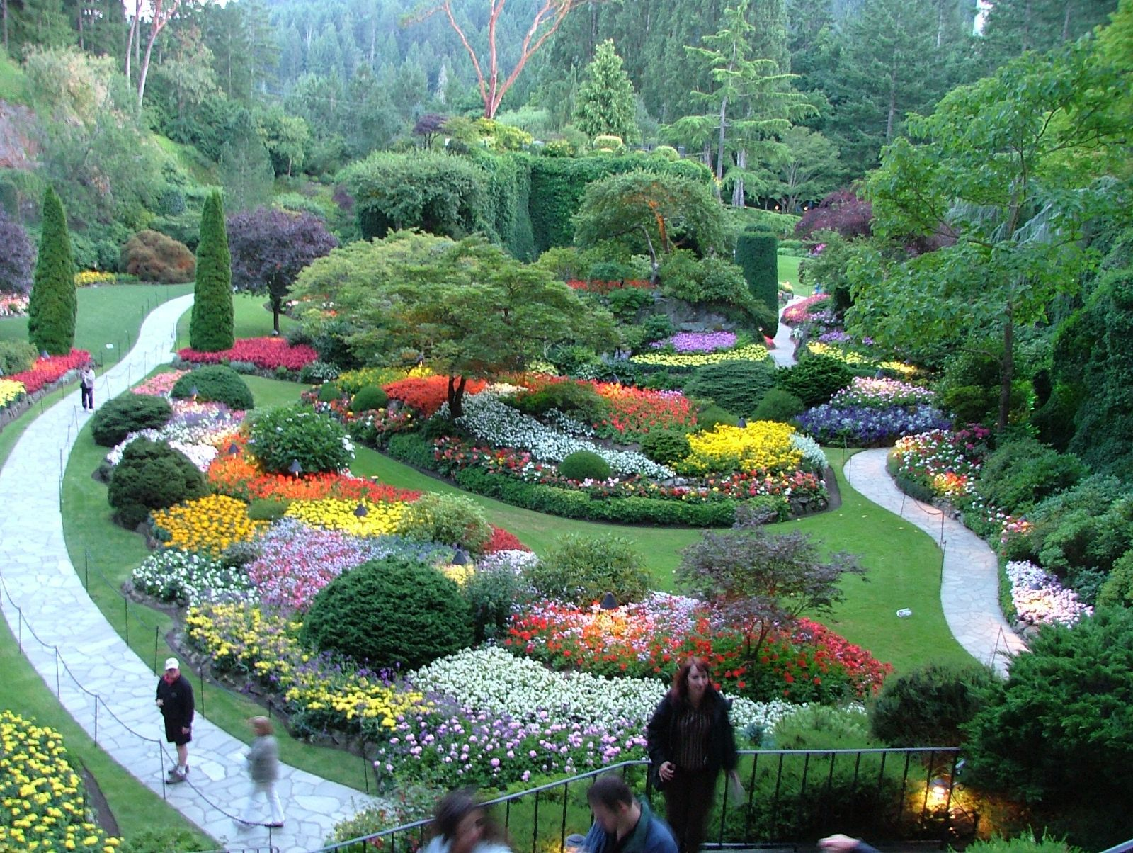 How To Get To Butchart Gardens From Downtown Victoria
