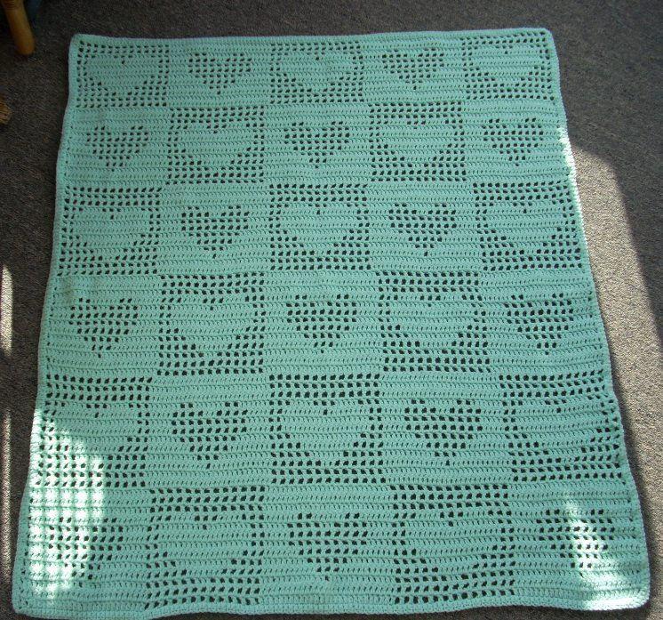 Filet Crochet Tender Hearts Baby Or Lap Afghan Blanket Mint Light