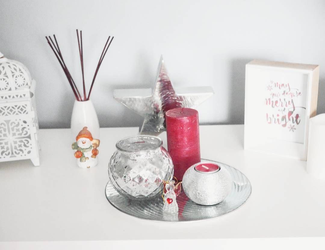 Dekoracje Juz Sazostala Tylko Mini Choinkaktora Pokaze Wam Jutro Dobrego Wieczoru Christmas Decorations Silverr Blog Instagram Instagram Posts Instagram