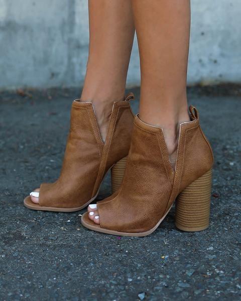 tan shoe boots open toe