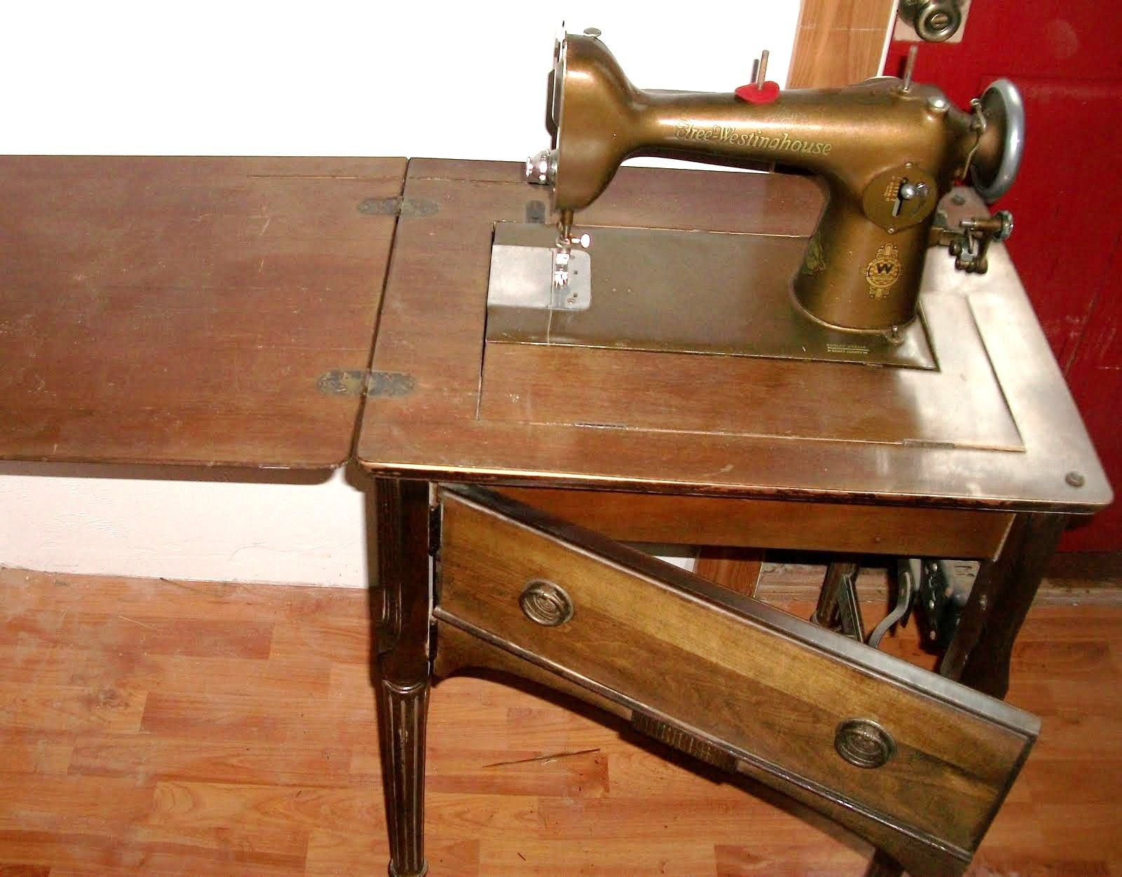 Vintage Free-Westinghouse electric corporation sewing machine ...