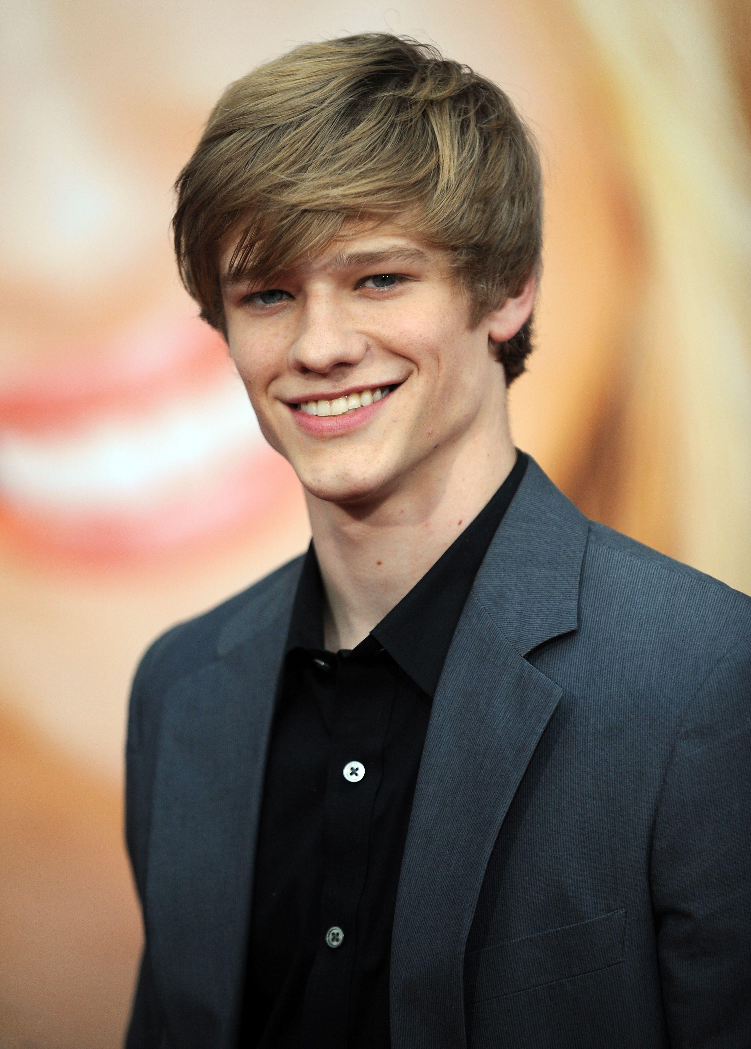 CBS Casts X-Men's Lucas Till as the New MacGyver | Den of Geek