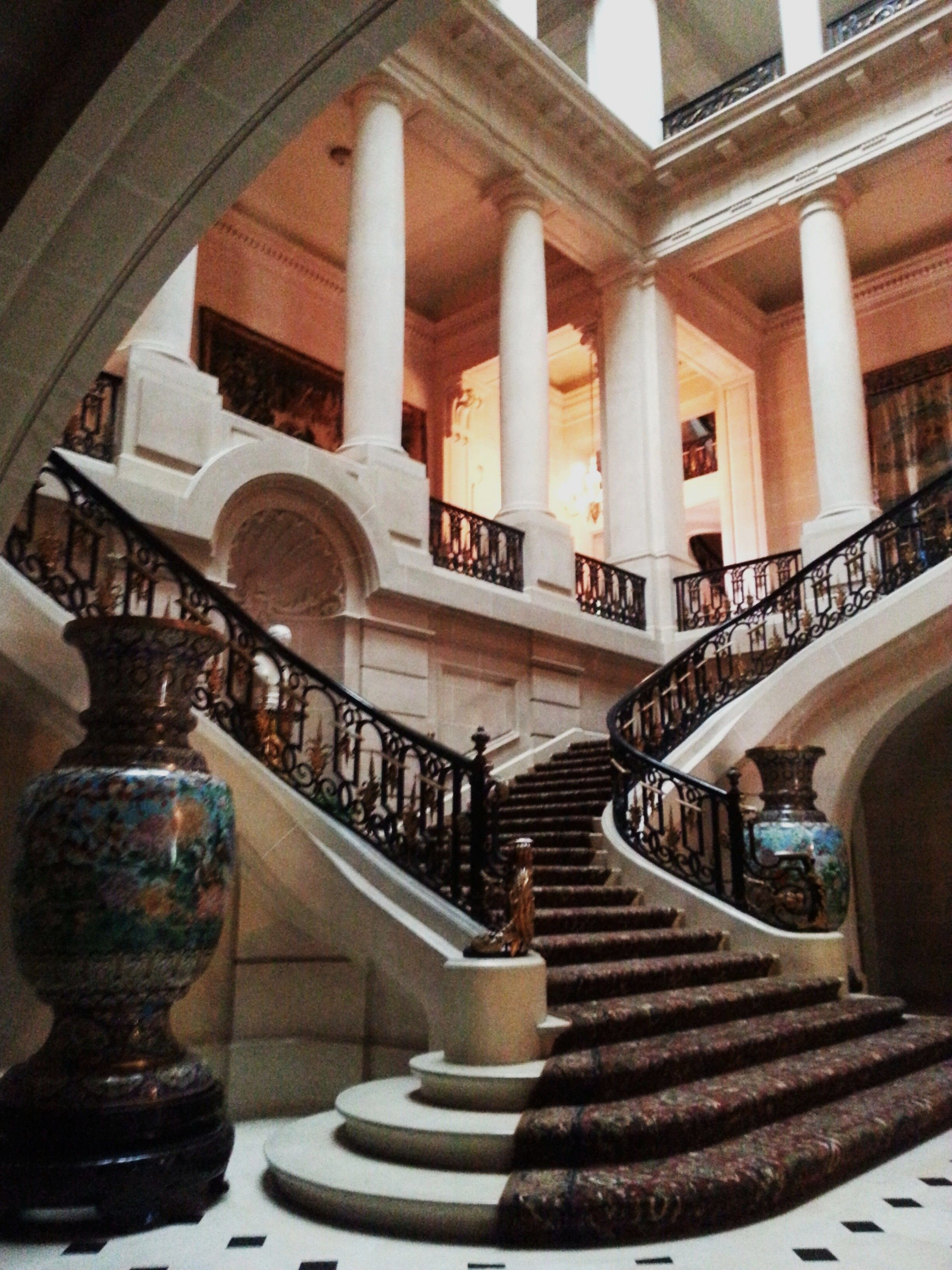 Best Grand Staircase Google Search Staircase Design Luxury 400 x 300