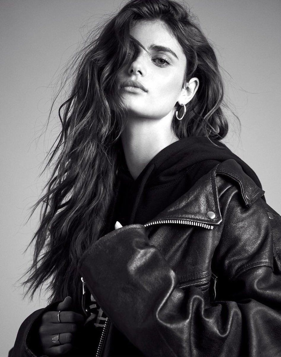 646c642d7e044 Embedded | Taylor Hill in 2019 | Taylor hill, Taylor marie hill ...