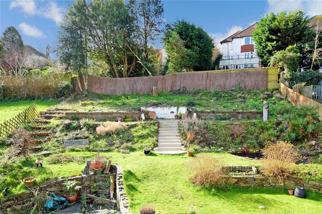 5 bedroom detached bungalow for sale in Valley Drive, Withdean, Brighton, East Sussex, BN1