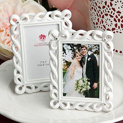 25 Beautiful White Picture Frames Place Card Holder Wedding Favor Event Bulk Lot In Home Garden Supplies Favors