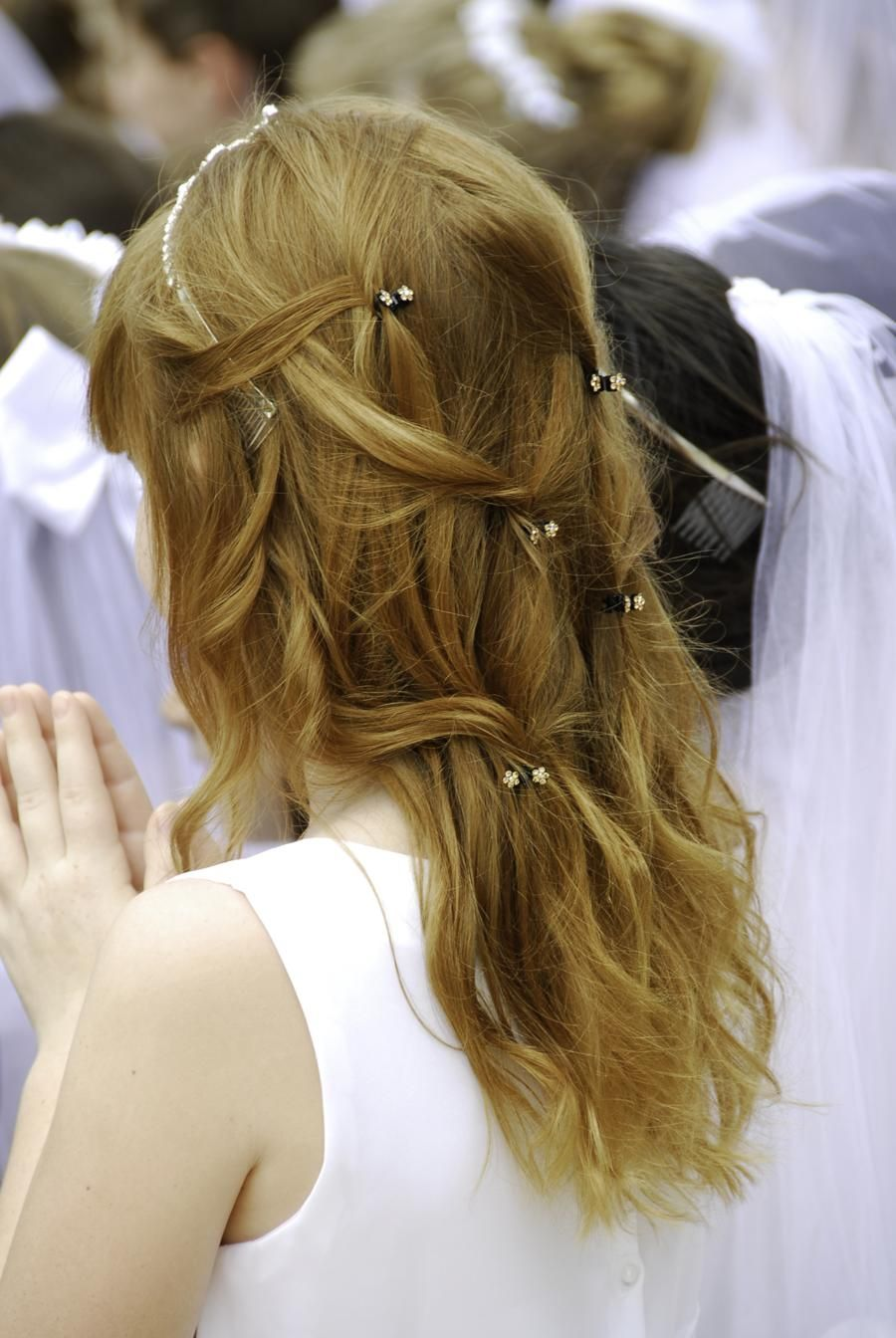 28 easy first communion hairstyles for girls that stole our