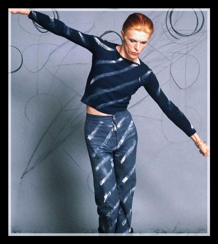 ~ ★ ~ David Bowie ~  ★ ~   #DavidBowie #Art #Pioneer #Icon #Instrumentalist #Love