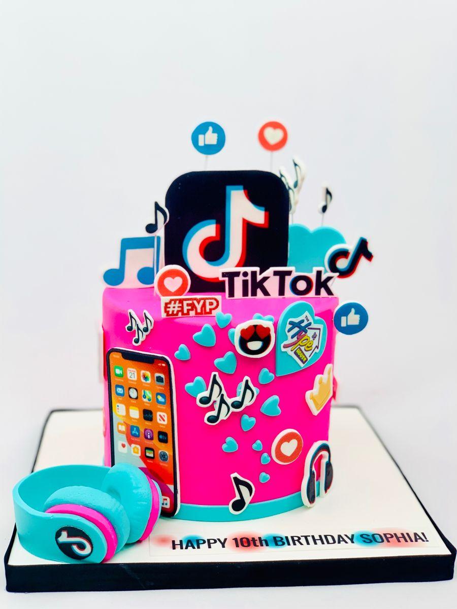 "Cakes By Carina on Instagram: ""A surprise Tik Tok cake for ...   Tiktok 10th Birthday Cake"