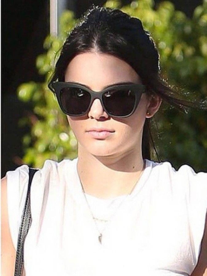 93d5379d98 Quay Eyeware Quay Modern Love in Black as seen on Kendall Jenner ...
