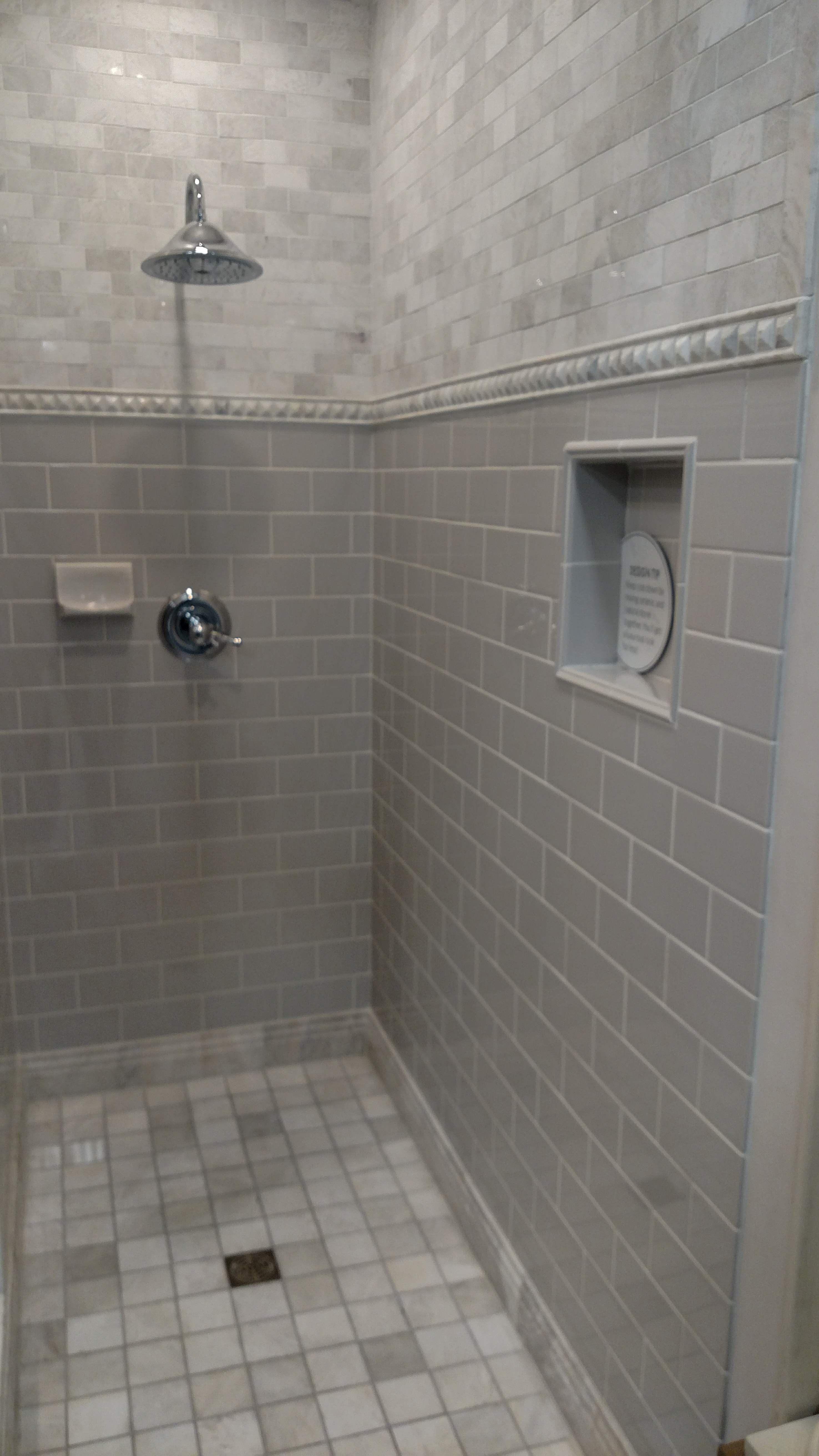 Marble And Ceramic Tiles Mix In Shower Shower Tile Master Bathroom Ceramic Tiles