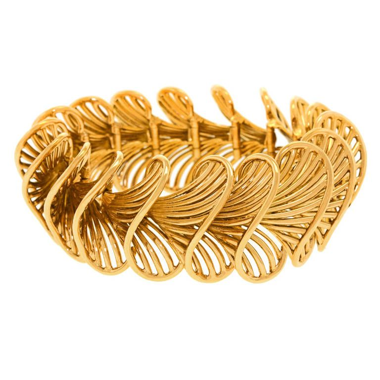 Exceptional French Gold Bracelet Circa 1930s 18k France