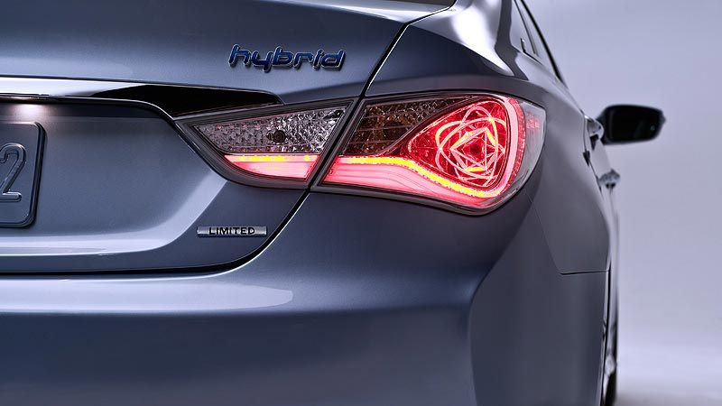 e9346425cccccd337d87d2505dce7c0d 2015 sonata hybrid led tail lights visit www 2011 hyundai sonata tail light wiring harness at panicattacktreatment.co