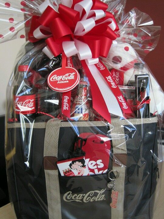 Coca Cola Gifts >> I Want A Coca Cola Gift Basket Like This Lc Gifts Ideas Coca