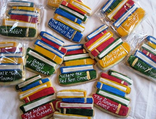 stacked book cookies | stacked books, reading challenge and public