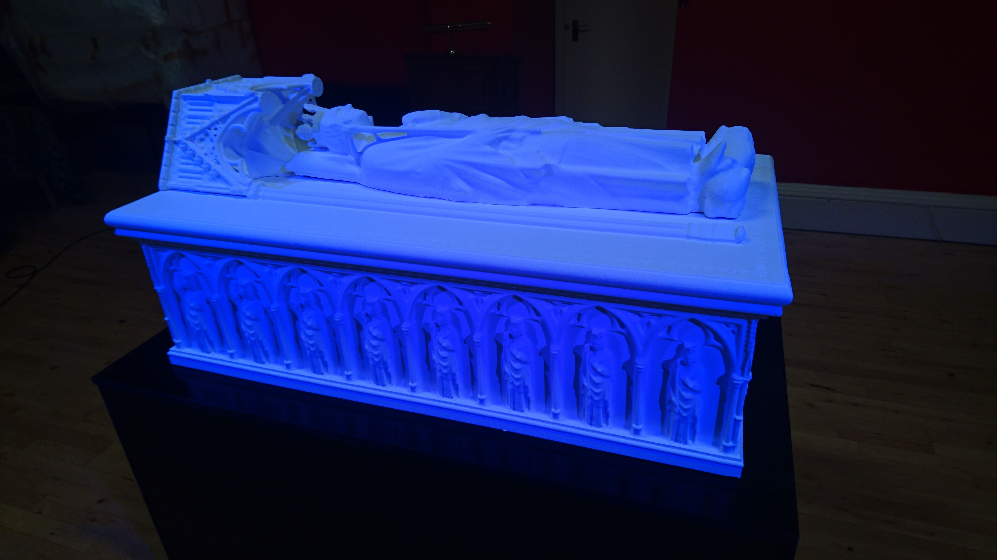3d printed reconstruction of the Lost Tomb of Robert the Bruce