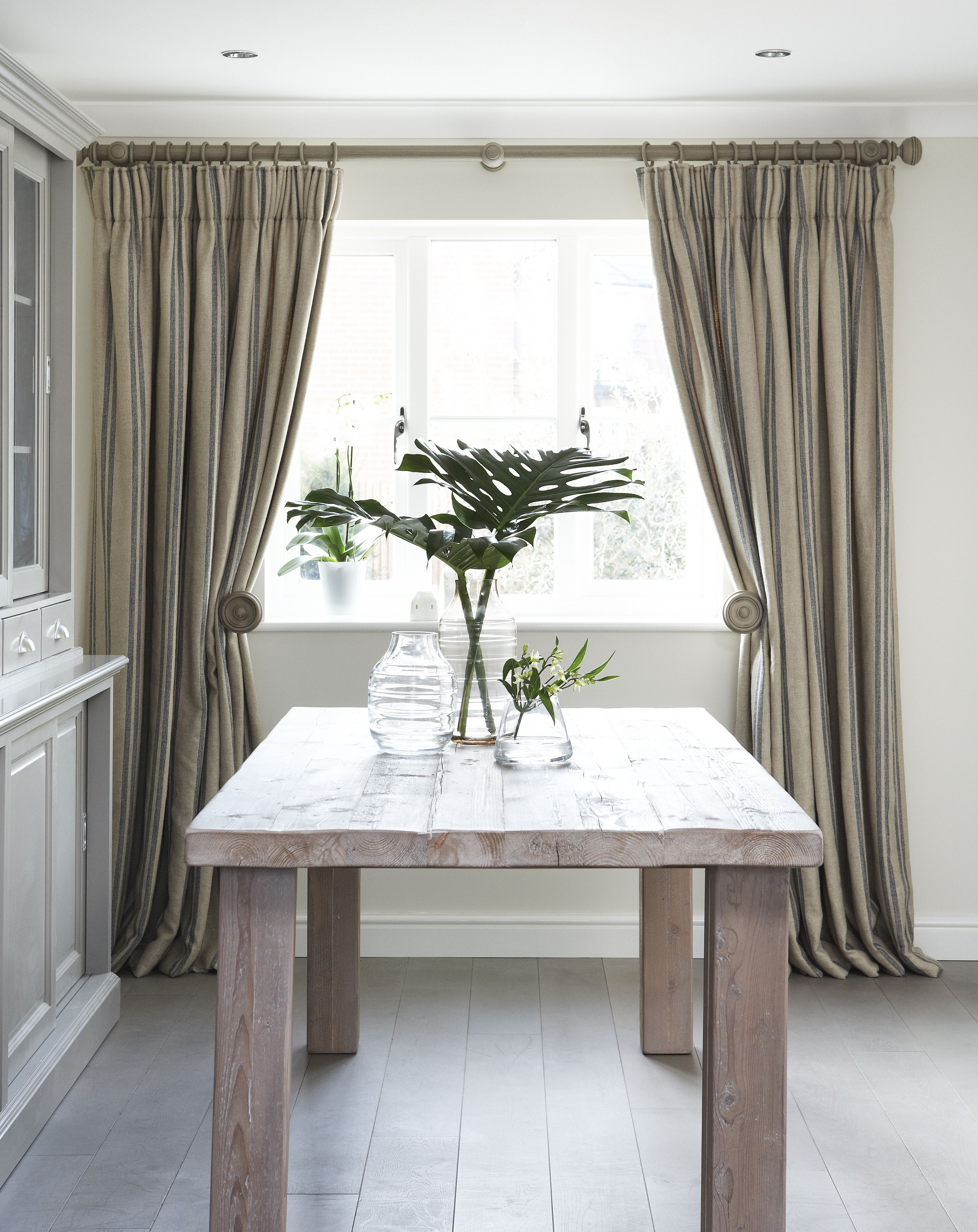 Dining Room Window Treatments. Amazing Best Ideas About Country ...