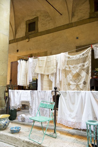 Laundry Day In Tuscany Washer Odor Smelly Towels Stinky Clean Laundry Http Washerfan Com Permanently Elimina Clothes Line Washer Laundry Tuscany