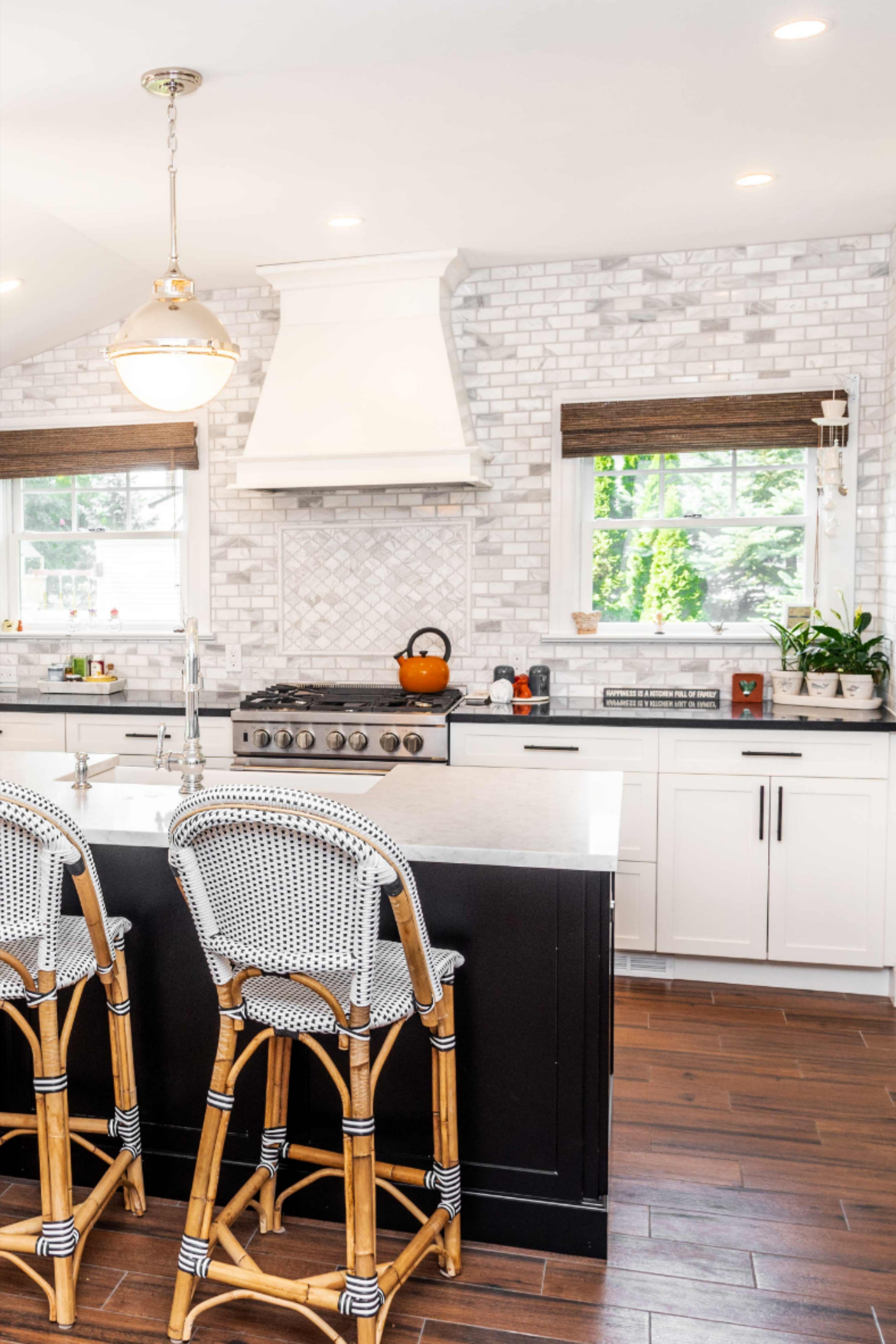 Marble Mosaic Backsplash for Kitchen Luxurious