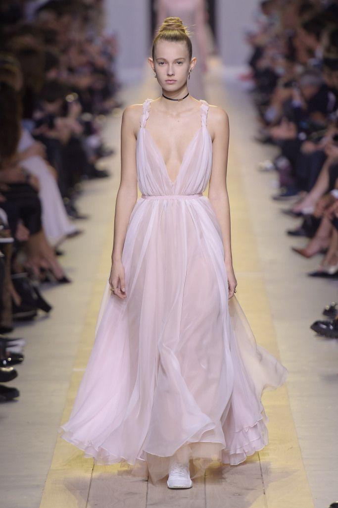 73173ff08e Christian Dior Spring 2017 Ready-to-Wear