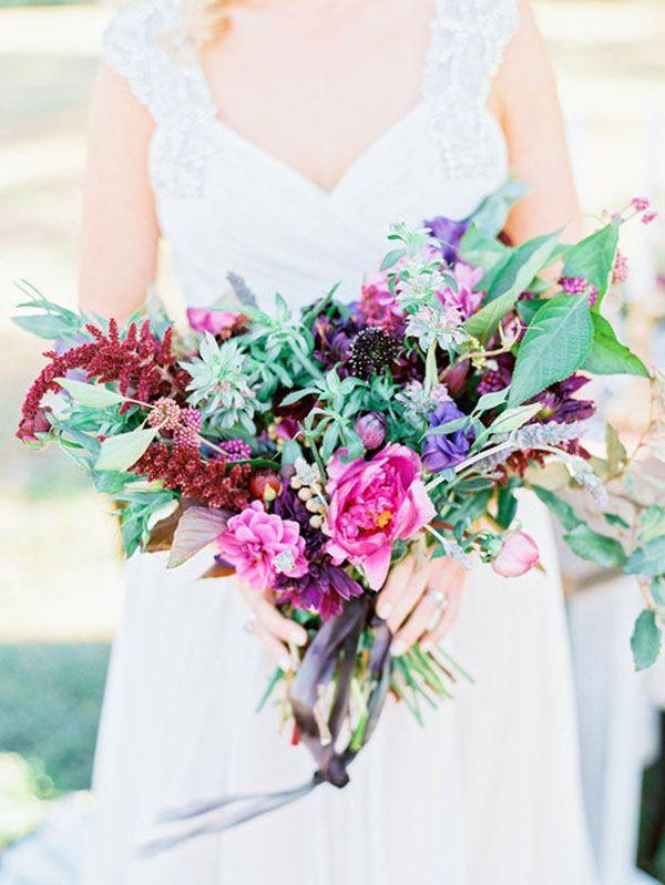 Rosa, morado, verde, bonitos colores para el ramo de novia. www.utopik.com.mx