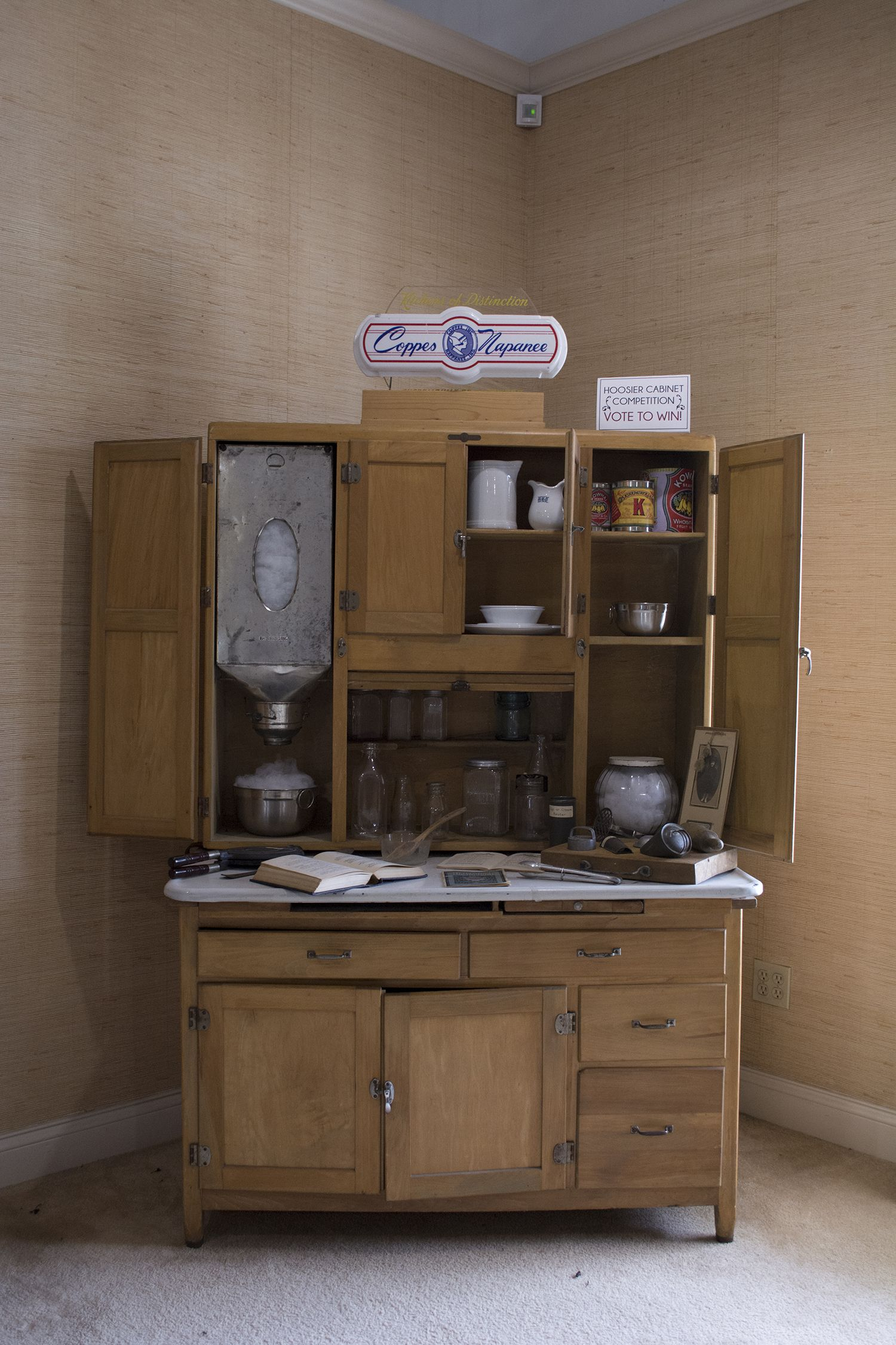 Best Hoosier Cabinet Display At The Nappanee Welcome Center 400 x 300