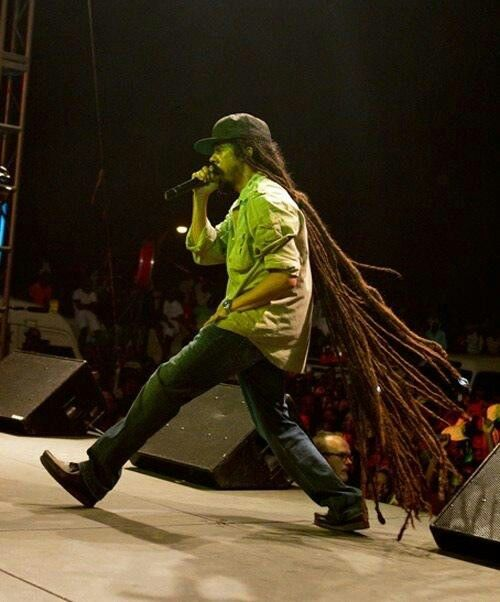 Damian marley i did not know his hair was that long i cannot damian marley i did not know his hair was that long i cannot imagine what wash day is like thecheapjerseys Choice Image