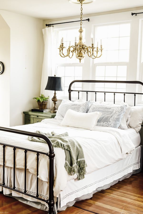 Creative Dust Ruffle Alternative Farmhouse Style Bedrooms