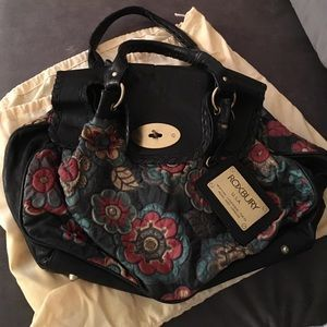 I Just Discovered This While Ping On Poshmark Roxbury Fine Painted Leather Handbag Check It Out Price 10 Size Os