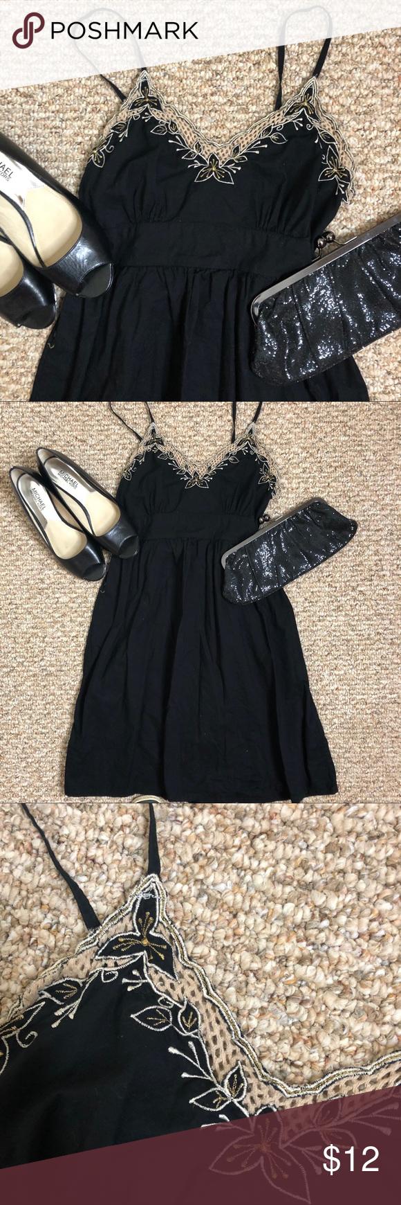 Forever 21 Black Dress Gold Neckline Size M Forever Twentyone Black Dress With Gold Trim On Top The Dress Ties In The Bac Black Dress Clothes Design Dresses
