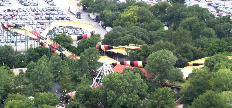 Here S Another Ride That Has Moved The Sarajevo Bobsleds Only Lasted 2 Seasons At Magic Mountain Before It Was Relo Six Flags Over Texas Sarajevo Dolores Park