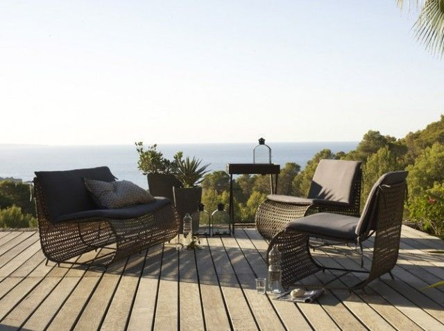 Salon de jardin design / Garden chair and sofa : http://www.maison ...