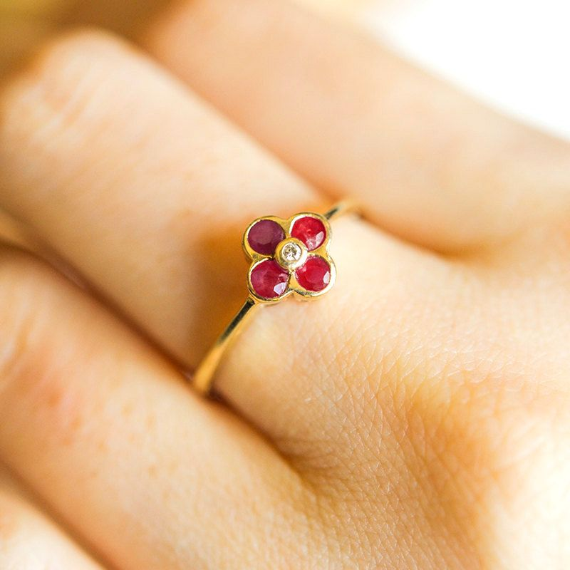 Vintage Diamond and Ruby Flower Ring