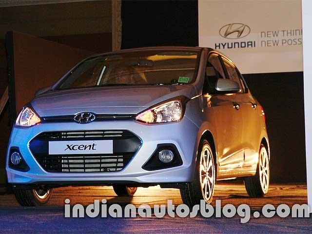Hyundai Xcent Compact Sedan Revealed 10 Salient Features The Economic Times Hyundai Sedan New Hyundai