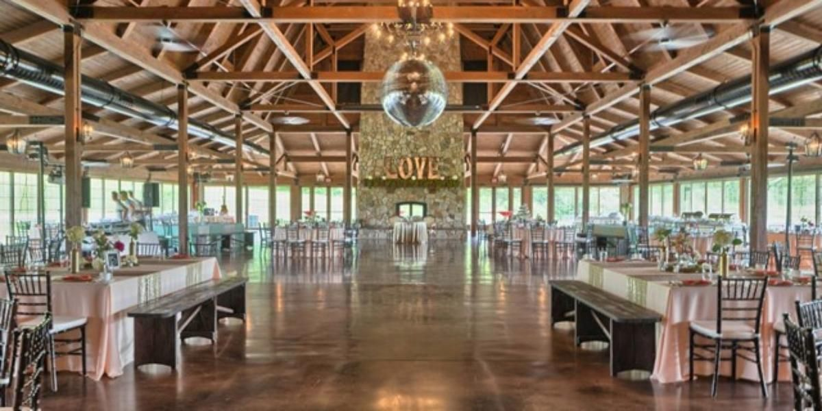 The Pavilion At Orchard Ridge Farms Weddings