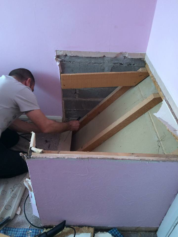 Step 2 under the 39 box 39 what to do with a stair bulkhead for Stair box in bedroom ideas