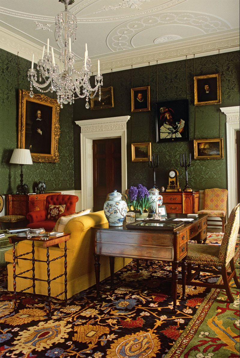 Maximalism styled living room design   Maximalist interior ...