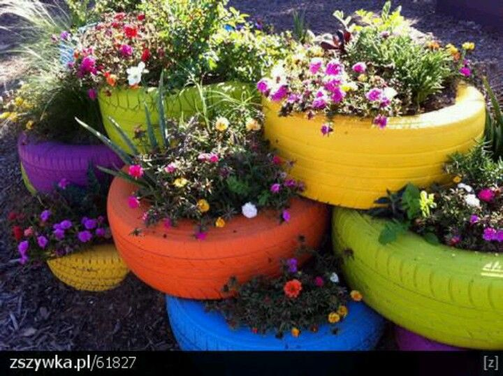 Kwietnik Z Opon Old Tire Planters Tire Garden Unique Gardens