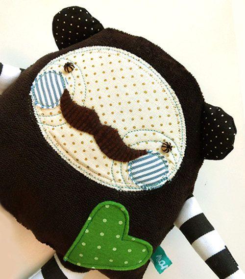 Manka bear mustache heart smile dotted stripe hug por mankabymonika, $42.00