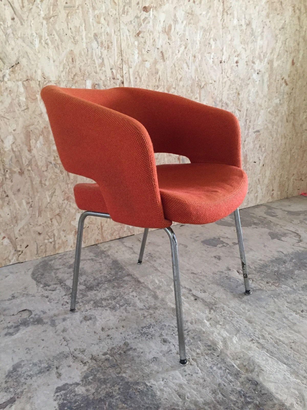 fauteuil conférence EERO SAARINEN KNOLL INTERNATIONAL