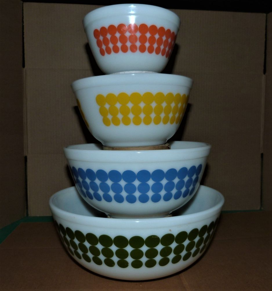 Pyrex Vintage Polka Dot Nesting Bowls -Very Nice Set of 4 - 401 402 ...