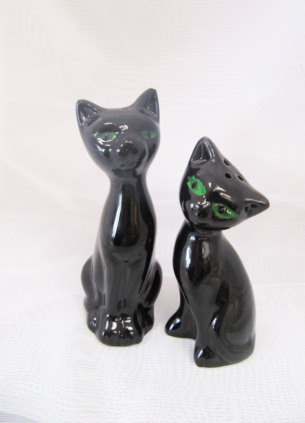 Vintage Pair of Black Cats Salt and Pepper Shakers Green