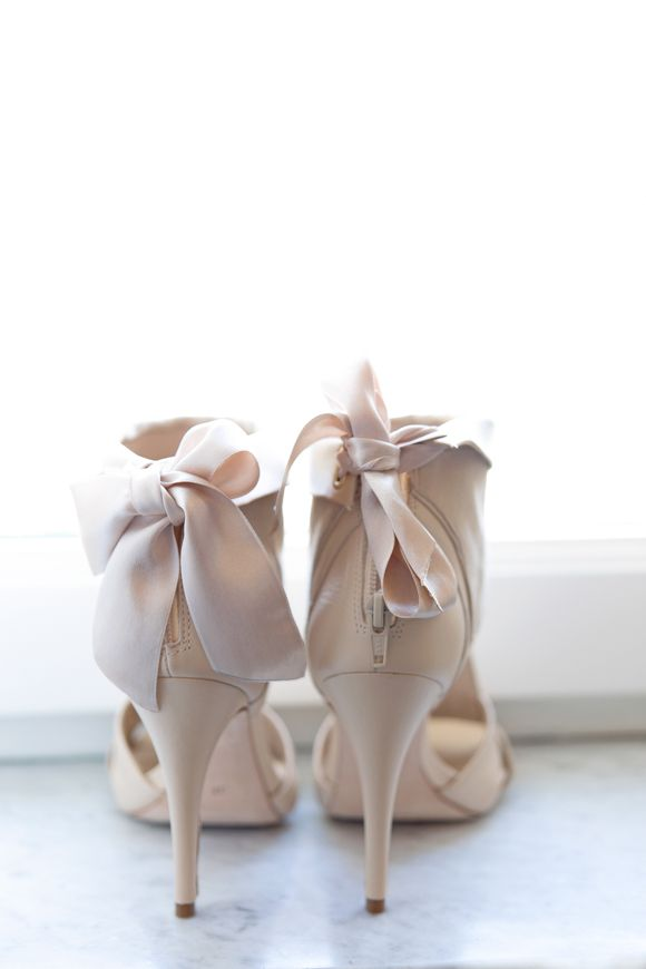 elegant bridal shoes http://weddingsparrow.co.uk/2014/07/24/elegant-italian-wedding-inspiration-part-one/