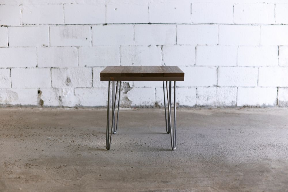 Hobbitholeco. 20X20 END TABLE BROWN