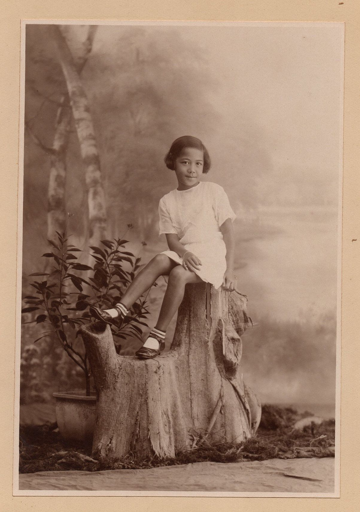 1920s Old Chinese Photo Black White Photograph Portrait Of A