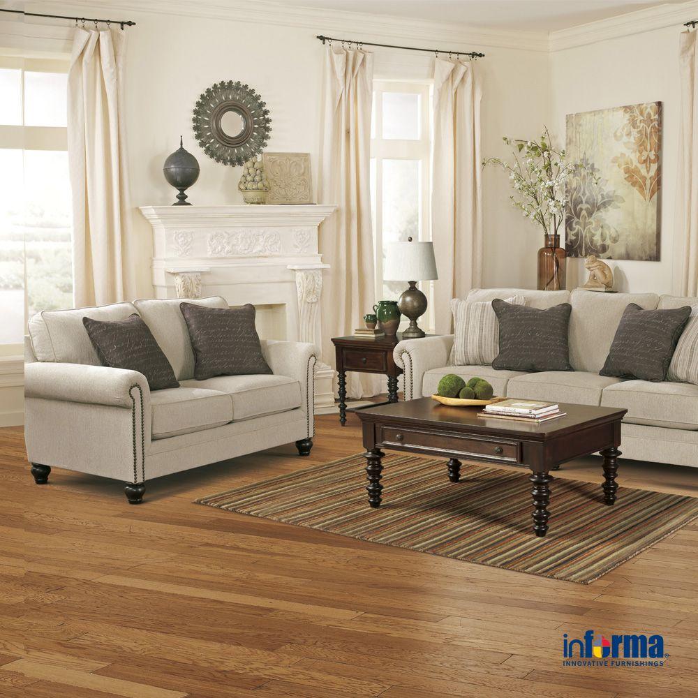 Pemilihan Warna Putih Pada Sofa Yang Disamakan Dengan