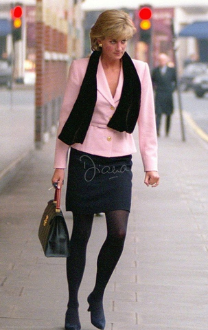 The short tight skirt the tanned bare legs those sexy strappy heels!!!! she knew what she was doing alright - See this image on Photobucket. #princessdiana