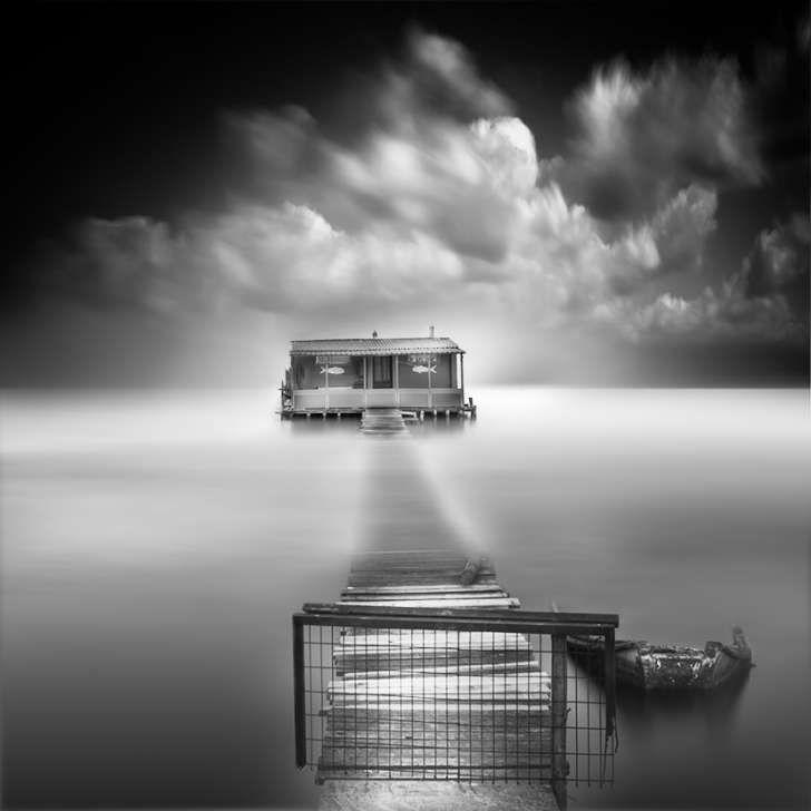 7 Dream-Like Black and White Long Exposure Photographs